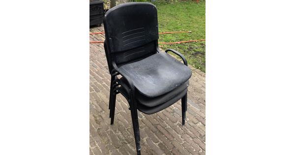Gratis stapelbare stoelen