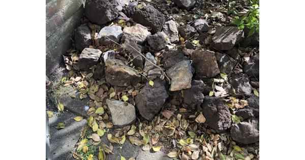 Sierkeien van bruin/grijskleurig natuursteen