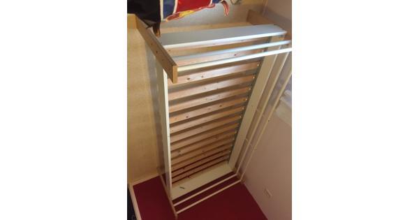 Ikea bed 200 X 90