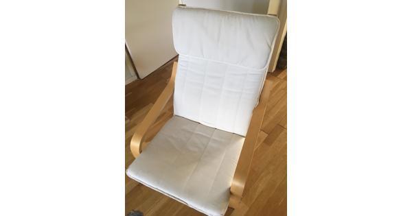 2 Ikea stoelen in ecru