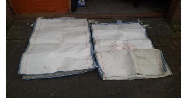Twee big bags van 1000 liter