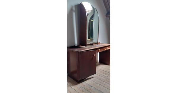 Kaptafel met driedelige spiegel jaren 40