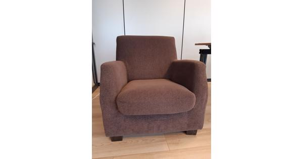 Donkerbruine fauteuil
