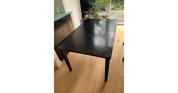 Fijne zwarte tafel, 150x90 cm