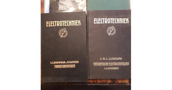 Oude leerboeken electronica/electra/luchtvaart etc