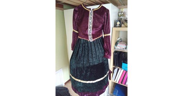 Verkleed jurk voor meisje van 8-10 jaar met hoepelrok