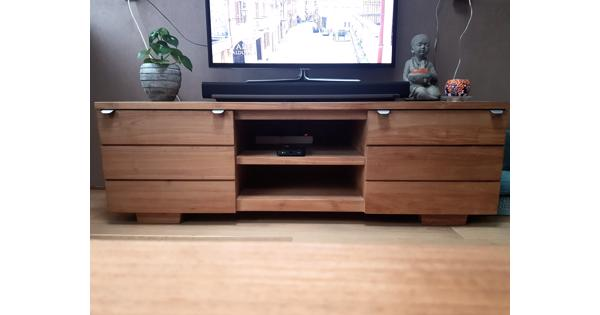 Tv meubel 1.60 x 0.56 x 0.51