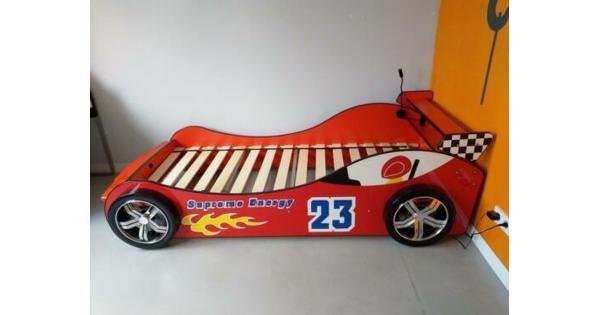 Eenpersoonsbed - raceauto rood met verlichting