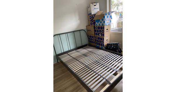 140X200 bed inclusief matras en lattenbodem