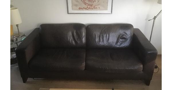 Donkerbruine lederen bank + 2 bijpassende fauteuils