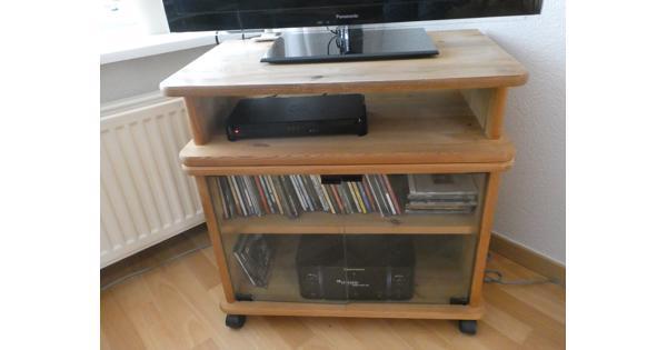 Meubel voor tv en radio