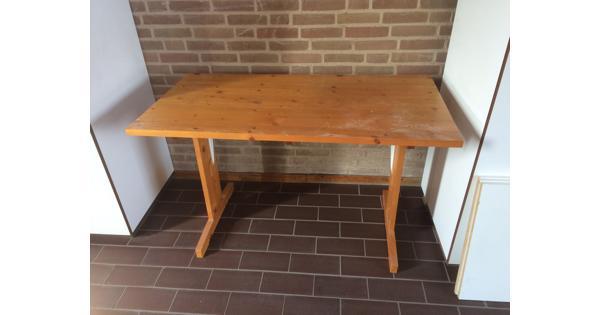 Houten bureau (of kleine tafel)